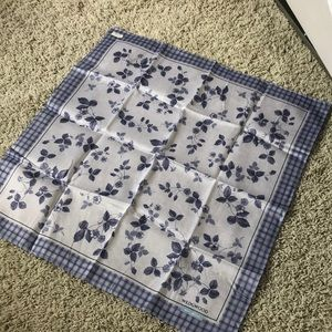 Wedgwood Scarf or neckerchief